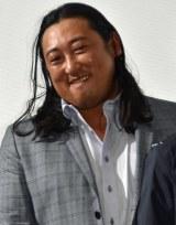 映画『女々演』初日舞台あいさつに出席したロバート・秋山竜次 (C)ORICON NewS inc.