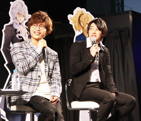 スマホゲー『イケメンライブ』イベントに出席した(左から)深町寿成・大河元気(C)ORICON NewS inc.