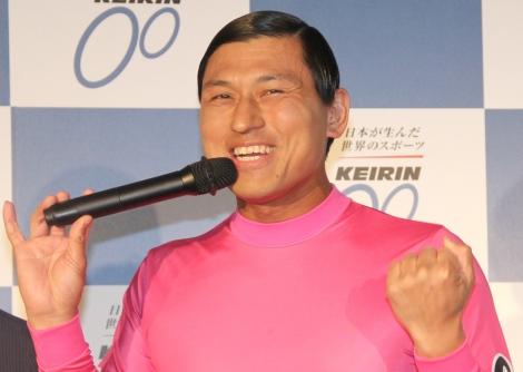 『2018年度 KEIRIN 新CM発表会』で持ちネタは漢字で言っていると語ったオードリー・春日俊彰 (C)ORICON NewS inc.