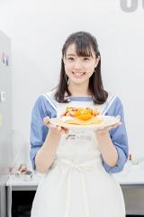 山口県産せとかで盛り付けした瀧野由美子