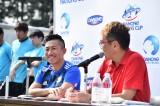 『ダノンネーションズカップ2018 in JAPAN』本大会での前園真聖氏(左)