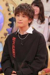 4日放送日本テレビ系『1周回って知らない話』で岩田剛典が芸能界入り秘話を告白 (C)日本テレビ