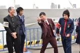 日本テレビ系バラエティー番組『ぐるぐるナインティナイン』は「東京湾ミステリークルージング! 豪華船上ゴチSP」 (左から)柳葉敏郎、堀内健、田中裕二、岡村隆史(C)日本テレビ