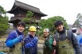 善光寺大勧進の山門前にある放生池をきれいに(C)テレビ東京