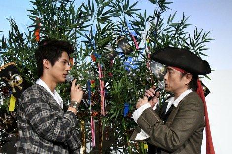 『パイレーツ・オブ・カリビアン/最後の海賊』公開記念イベントに出席した(左から)中川大志、平田広明