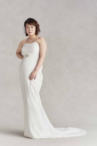 減量前 佐藤仁美のウエディングドレス姿