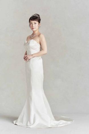 12キロの減量に成功した佐藤仁美のウエディングドレス姿