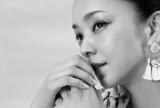 安室奈美恵の自然な表情を捉えた『Namie Amuro × H&M』オリジナルポートレート