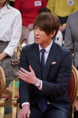 18日放送の日本テレビ系『1周回って知らない話』に出演する小山慶一郎 (C)日本テレビ