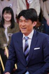 18日放送の日本テレビ系『1周回って知らない話』に出演する藤井貴彦 (C)日本テレビ