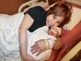 浜田ブリトニー、第1子女児出産 (18年04月20日)