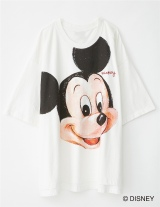 白Tシャツ『CANVAS MICKEY T-SHIRTS』(税抜6980円)?Disney