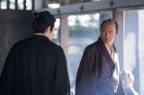 鶴丸城にて。斉彬に「兵を挙げてくださいもんせ!」と訴え出る吉之助(C)NHK