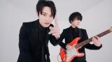 """SKY-HI、""""先輩""""ユニゾン斎藤宏介とライブ共演 コラボMVも公開"""
