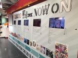 タワーレコード渋谷では同店初となる「SHINeeヒストリーのモニター付壁面ボード」を設置