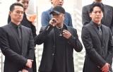 映画『ウタモノガタリ-CINEMA FIGHTERS project-』完成披露上映会の舞台あいさつに出席した三代目 J Soul Brothers(左から)今市隆二、ELLY、山下健二郎 (C)ORICON NewS inc.