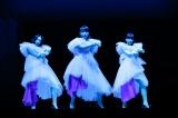 """4 月29日(日)にNHKBSプレミアムで放送される『「Perfume×TECHNOLOGY」presents""""Reframe""""』より (C)上山陽介"""