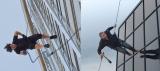 【左】4作目のイーサン【右】パロディ「高圧洗浄機」篇 TM & Copyright(C)2012 by Paramount Pictures. All Rights Reserved.