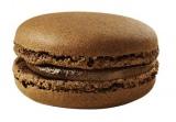 チョコレートの風味が楽しめるクリームをサンドした「チョコレート」味(税抜150円)