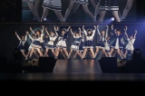11thシングル「早送りカレンダー」を初披露(C)AKS
