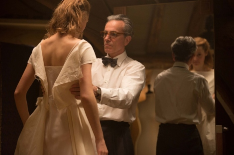 映画『ファントム・スレッド』、狂気の仕立て屋と美しいドレスに注目(C)2017 Phantom Thread, LLC All Rights Reserved