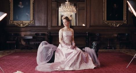 アカデミー衣装デザイン賞を受賞した美しいドレスの数々(C)2017 Phantom Thread, LLC All Rights Reserved
