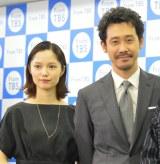 TBSドラマ特別企画『あにいもうと』会見に出席した宮崎あおいと大泉洋 (C)ORICON NewS inc.