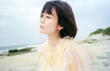 3rdシングル「ミューズ」を披露する吉澤嘉代子「ミュース?」