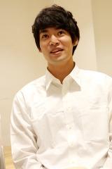 旗揚げ公演『SHIRO TORA 〜beyond the time〜』への想いを語る村上由歩(C)Deview