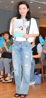 フォトブック『永野芽郁 in 半分、青い。』発売記念イベントを開催した永野芽郁 (C)ORICON NewS inc.