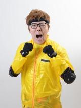 13日放送のフジテレビ系「ニチファミ!『戦闘中〜超人サバイバル大決戦〜』」に初出演するHIKAKIN (C)フジテレビ