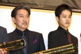 映画『孤狼の血』初日舞台あいさつに出席した(左から)役所広司、松坂桃李 (C)ORICON NewS inc.