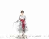 吉田仁美、歌手10周年ベスト発売
