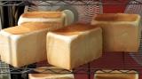 5月15日放送、カンテレ・フジテレビ系『7RULES(セブンルール)』土曜日限定の営業ながら日光の住宅街に大行列ができる食パン専門店のパン職人に密着(C)カンテレ