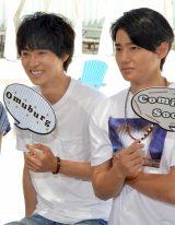 ドラマ『好きな人がいること』の制作発表会に出席した(左から)山崎賢人、野村周平 (C)ORICON NewS inc.