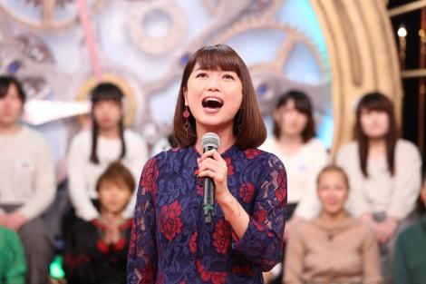日本テレビ系バラエティー番組『1周回って知らない話』に出演する新妻聖子 (C)日本テレビ