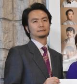 舞台『ハングマン -HANGMEN-』公開ゲネプロ前の囲み取材に出席した長塚圭史 (C)ORICON NewS inc.