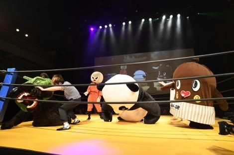 映画『ランペイジ 巨獣大乱闘』(5月18日公開)の試写会でゆるキャラたちが大乱闘