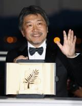 『カンヌ国際映画祭』最高賞のパルムドールを受賞した是枝監督