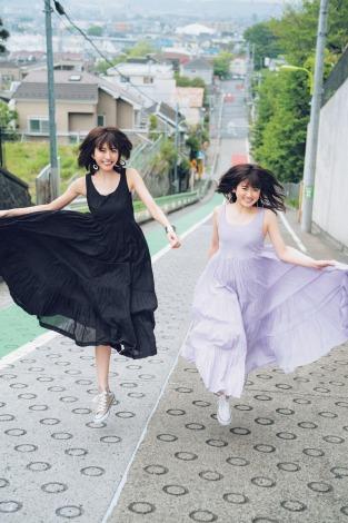 サムネイル 『JJ』モデルデビューを果たした欅坂46・土生瑞穂(左)と乃木坂46・樋口日奈