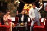 『石橋貴明のたいむとんねる』ゲストの江夏豊氏(中央)、MCの石橋貴明(右)とミッツ・マングローブ (C)フジテレビ