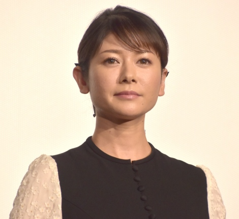 映画『焼肉ドラゴン』の舞台あいさつに登壇した真木よう子 (C)ORICON NewS inc.