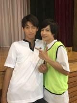 志尊淳、竹内涼真のオフショット (C)2018「走れ!T校バスケット部」製作委員会
