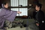 5月27日放送、大河ドラマ『西郷どん』第20回「正助の黒い石」より。正助(瑛太)の進言に、激怒する久光(青木崇高)(C)NHK