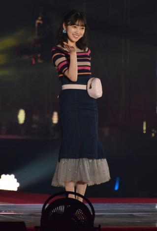 『Rakuten GirlsAward 2018 SPRING/SUMMER』に登場した乃木坂46の堀未央奈 (C)ORICON NewS inc.