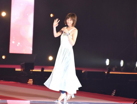 『Rakuten GirlsAward 2018 SPRING/SUMMER』で『non-no』モデル卒業式を行った本田翼 (C)ORICON NewS inc.