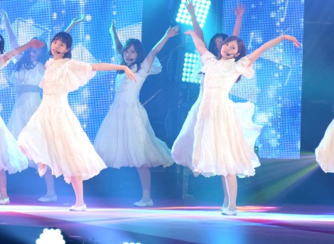 『Rakuten GirlsAward 2018 SPRING/SUMMER』に登場した乃木坂46 (C)ORICON NewS inc.