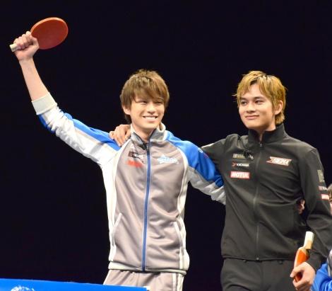 映画『OVER DRIVE』のイベントに出席した(左から)新田真剣佑、北村匠海 (C)ORICON NewS inc.