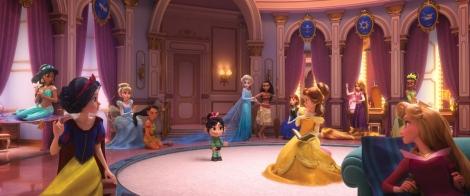歴代のディズニープリンセスが集結 (C)2018 Disney. All Rights Reserved.