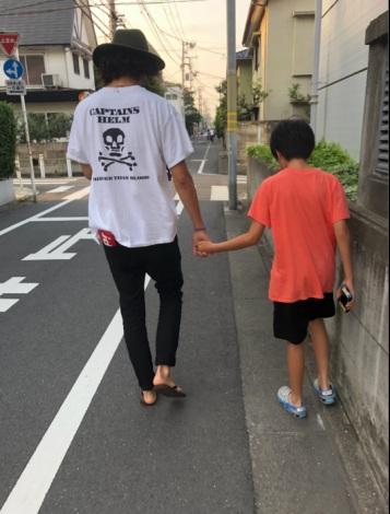 柴田翔平氏&息子との2ショット(写真は仁香のブログより)